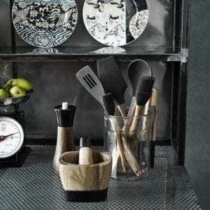 Doplňky do kuchyně Kuchyňská obracečka BLACK