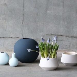 Vázy Ball vase 10cm minte