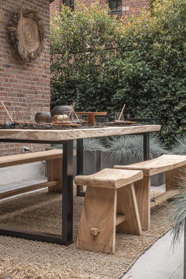 Nábytek Jídelní stůl