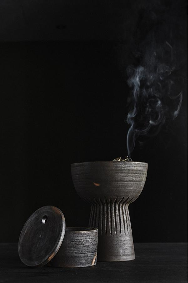 Bytové doplňky Mísa terracotta na noze L