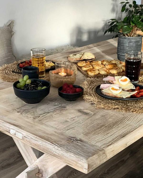 Nábytek Vintage jídelní stůl PURE