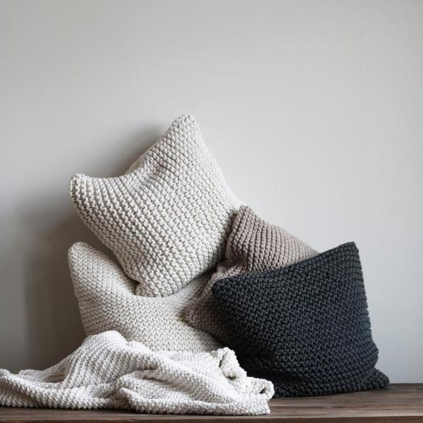Bytový textil Povlak CREAMY KNITT M